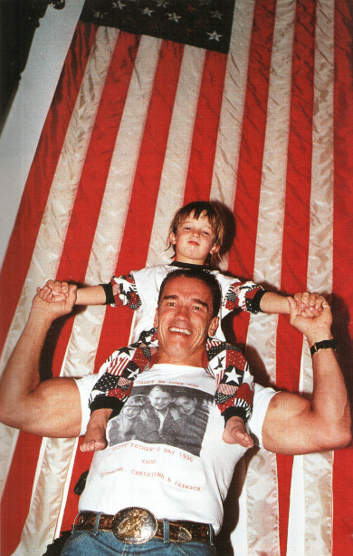 Арнольд Шварценеггер с сыном Патриком на Дне Отцов