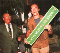 ААрнольд Шварценеггер и Альфред Герсти на открытии стадиона в Граце